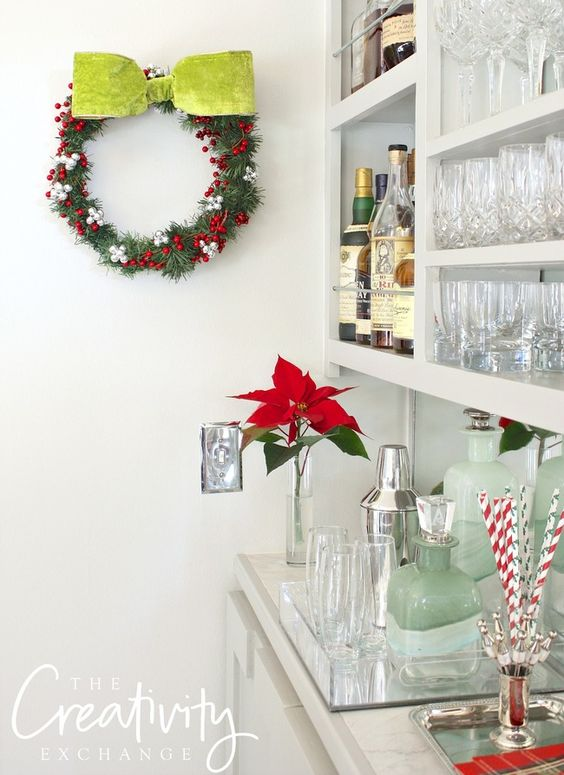 DIY Christmas Wreath Using a Wire Clothes Hanger.