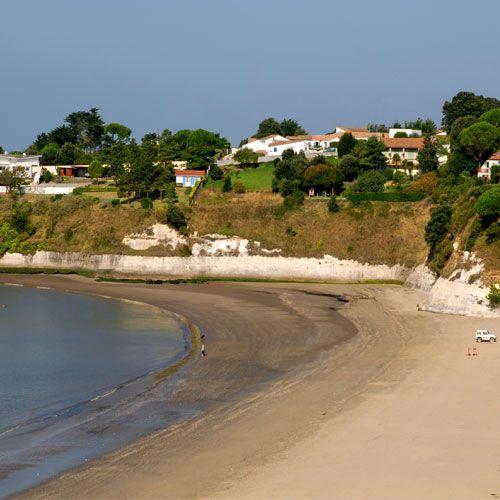 """Auf der französischen Insel """"Ilê d'Oléron"""" liegt unser Campingplatz Domaine d'Oléron in unmittelbarer Nähe zur Atlantikküste und einem Sandstrand. Mehr Informationen findet Ihr auf unserer Homepage. http://www.canvasholidays.de/frankreich/royan/ro10k/domaine-doleron"""