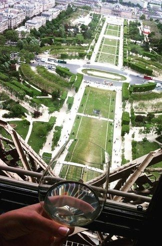Le Jules Verne en Torre Eiffel, Francia