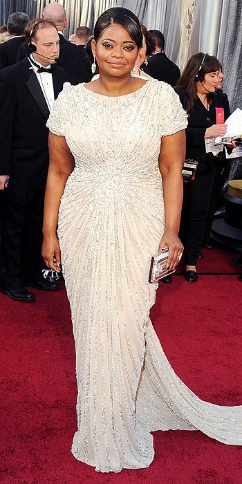 Octavia Spencer wins Best Supporting Actress for 'The Help' #BBredcarpet (photo via www.people.com)