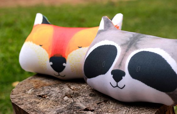 DE ZORROS Y MAPACHES Objetos inspirados en el bosque, de uso cotidiano para el hogar y la vida diaria. http://charliechoices.com/de-zorros-y-mapaches/