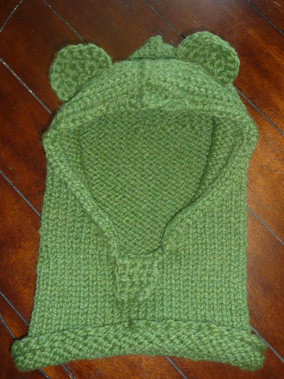Green Bear cowl $20 child-preteen size #knitted #homemade #cowl