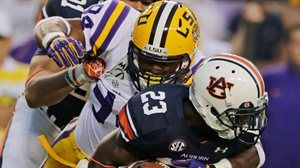 LSU Holds Off Auburn For 12-10 Win
