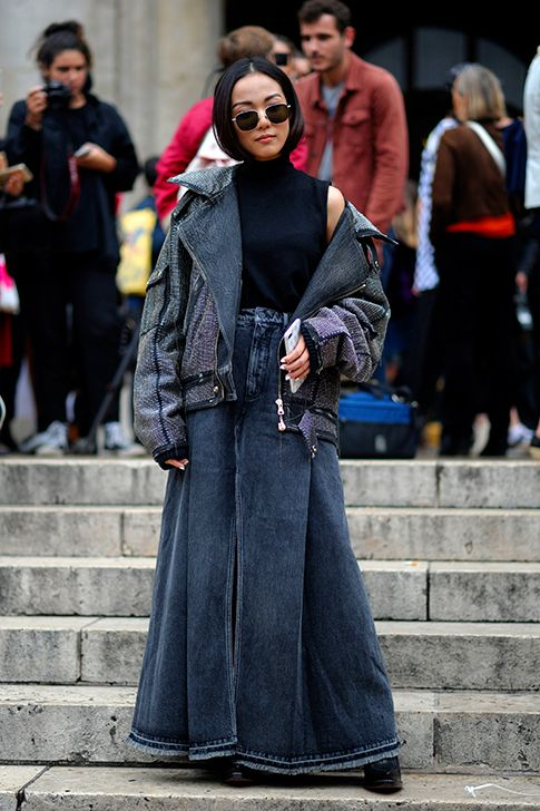 YoYo Cao - #Denim, #Paris, #ParisFashion, #ParisFashionWeek, #PFW, P#ortrait, #SS18, #Street, #StreetStyle, #Style, #Woman, #Women, #Womenswear, #YoYoCao Photo © Wayne Tippetts