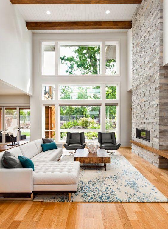 Este es el estilo que más me gusta,podré copiar algunas cosas porque los planos ya están hechos ,me encanta el detalle de las vigas en el techo, adoro los pisos de madera las paredes blancas los techos altísimos!y los amplios ventanales!