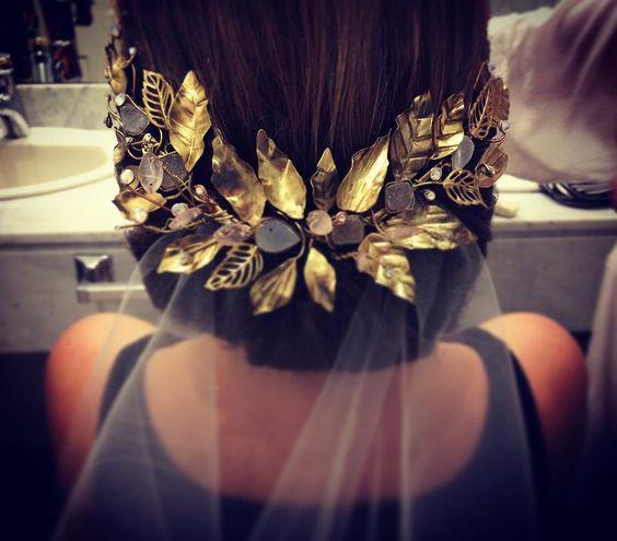 Tocado @clemencat  #contemporaryjewellery #handmade #jewelry #headpiece #bride #hechoxmi #trend #uruguay