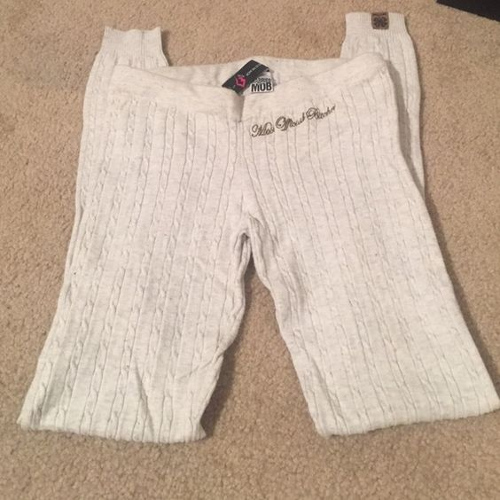 Married to the Mob MTTM Cable Knit Leggings S In great shape only worn a few times Great for winter! Married to the Mob Pants Leggings