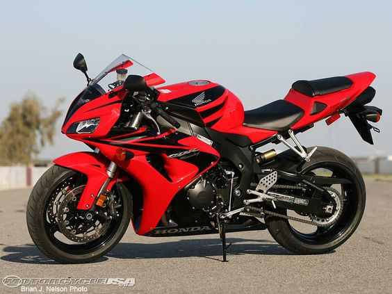 awesome 2007 Honda CBR1000RR Comparison   Motorcycle USA