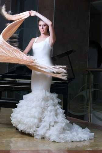 Vestidos de novia flamencos en tienda de novias en Ciudad real                                                                                                                                                                                 Más