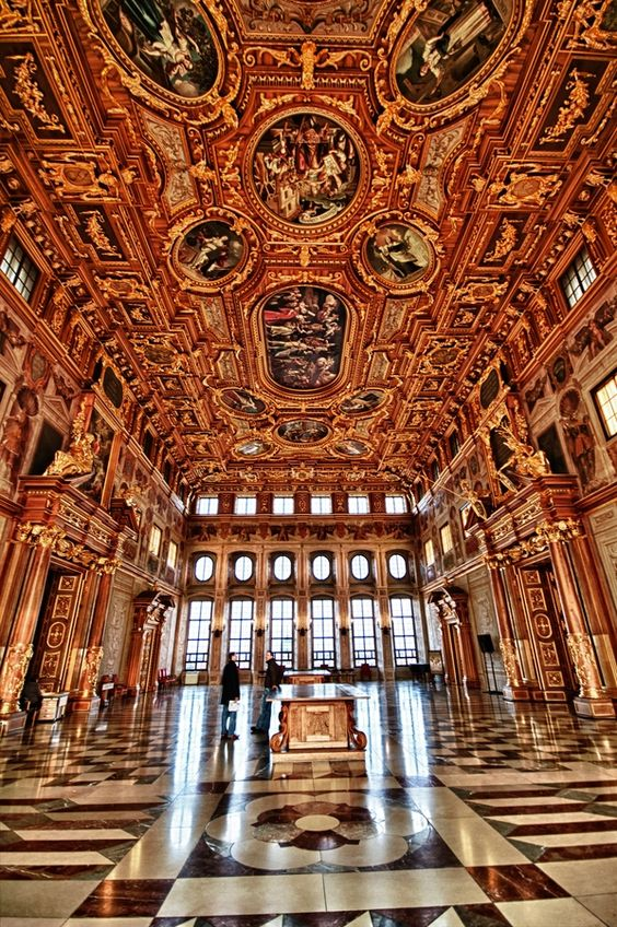 Golden hall in the city hall in Augsburg. One of the most impressive rooms in Germany.