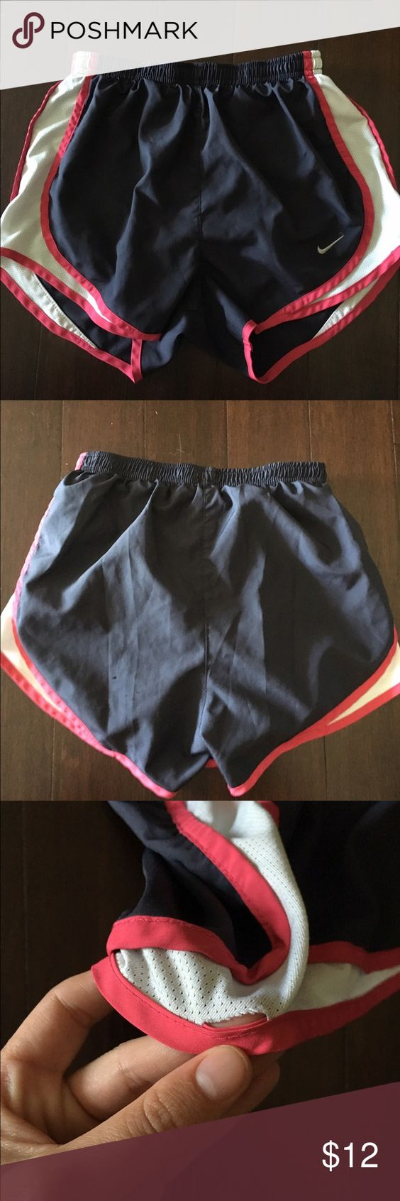 Nike Dri-Fit Running Shorts Minor flaw shown in pictures! Nike Shorts