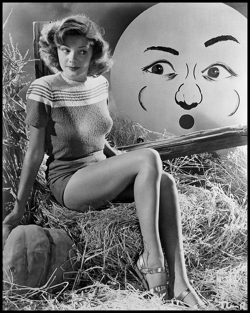 """Jane Greer best known for her role opposite Robert Mitchum in """"Out of the Past"""""""