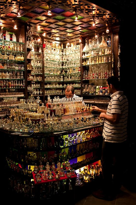 Arabian Perfume Shop ~ UAE