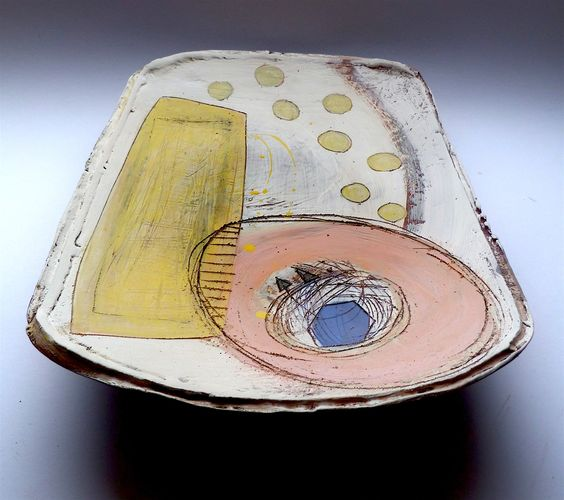 Large oblong platter with feet © Linda Styles Ceramics