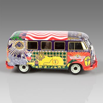 VW Woodstock Kombi Bus- 1:12: Handcrafted, limited edition collector's item.