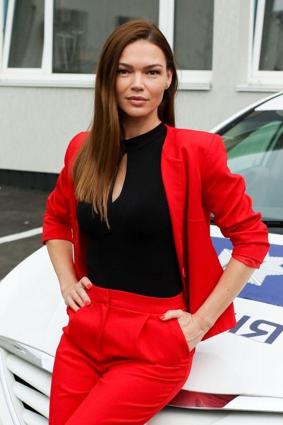 Актриса Екатерина Гулякова