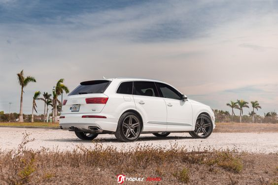 Hybrid Forged Audi Q7 On New Vossen Hf 1 Advanced Automotive Accessories Audi Q7 Vossen Audi