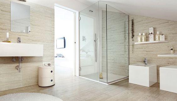Houtlook tegels badkamer google zoeken kleine badkamer ideeen pinterest toiletten en met - Tegel witte glanzende badkamer ...