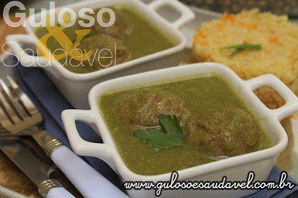 A criatividade rola solta nessa hora! Hoje temos como menu do dia Almôndegas ao Molho de Salsa.  #Receita aqui: http://www.gulosoesaudavel.com.br/2015/12/23/almondegas-molho-salsa/