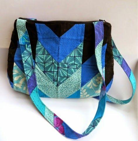 Silver Cat Crafts: My Underwater Castle Bag #SewSweetnessPattern