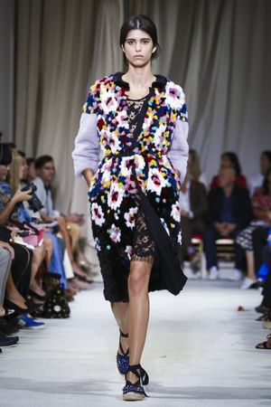 Oscar de La Renta Ready To Wear Spring Summer 2016 New York - NOWFASHION