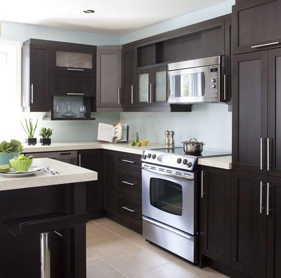 Armoires de cuisine de style contemporain l 39 lot et la for Armoire de cuisine deux tons