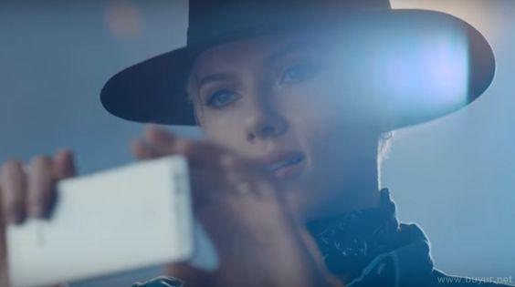 Scarlett Johansson Huawei P9 Reklam Filminde!