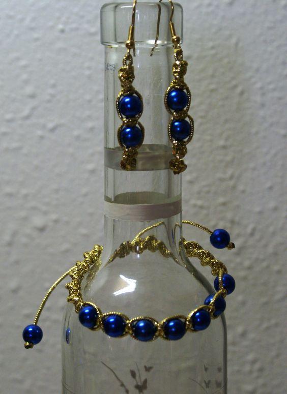 Conjunto dorado y azul