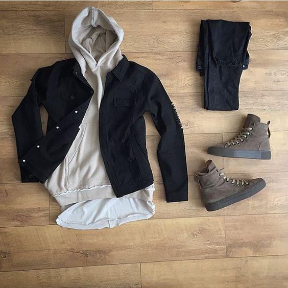 Kết hợp với một chiếc áo sơ mi phá cách cùng giày sneaker luôn đem lại hiệu quả vô cùng tuyệt vời