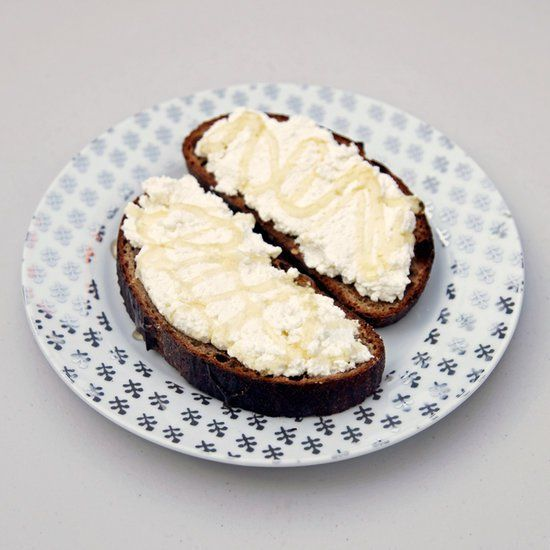 Pin for Later: 21 High-Protein Breakfasts That Barely Take Any Time to Prepare Honey Ricotta Toast Get the recipe: honey ricotta toast Protein: 19 grams