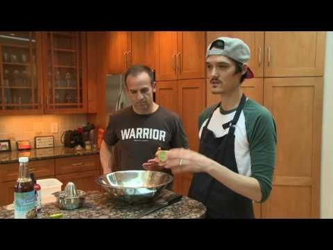 Humble Warrior Podcast: Try It Raw - Making Humble Warrior Noodles - http://www.bestrecipetube.com/humble-warrior-podcast-try-it-raw-making-humble-warrior-noodles/