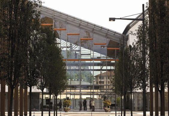 Renzo Piano's MUSE Museum, Reception desks, lockers, gym lockers ...