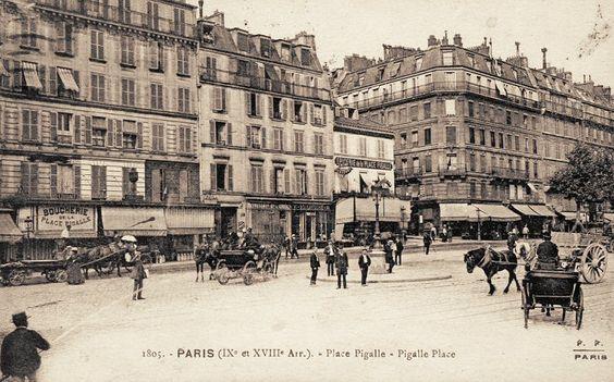 La place Pigalle vers 1900  (Paris 9ème)