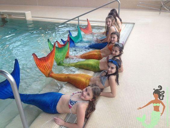 Schweizer Meerjungfrauen Schwimmschule