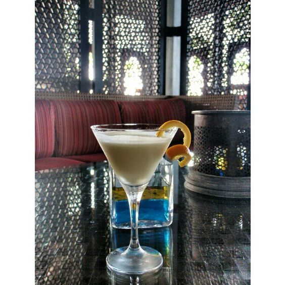 Have a GOLDEN DREAM, a sweet and light cocktail, perfect for the after ...