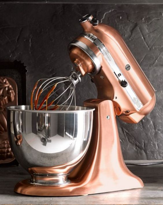 Love this bronze Kitchenaid Mixer