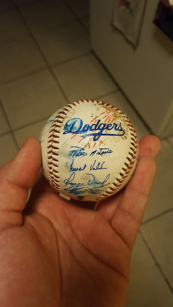 Possible LA Dodgers team signatures from 1995 (?).