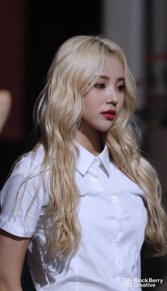 Fy Loona Blonde Asian Hair Curly Hair Styles