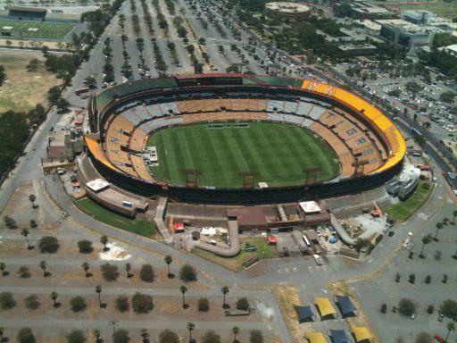 Estadio universitario tigres uanl estadio for Puerta 9 estadio universitario