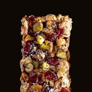 Prep and pack this flavorful bar for a delicious grab-and-go snack. You'll love the combination of creamy cashew butter with roasted pistachios, dried apples, and cranberries.