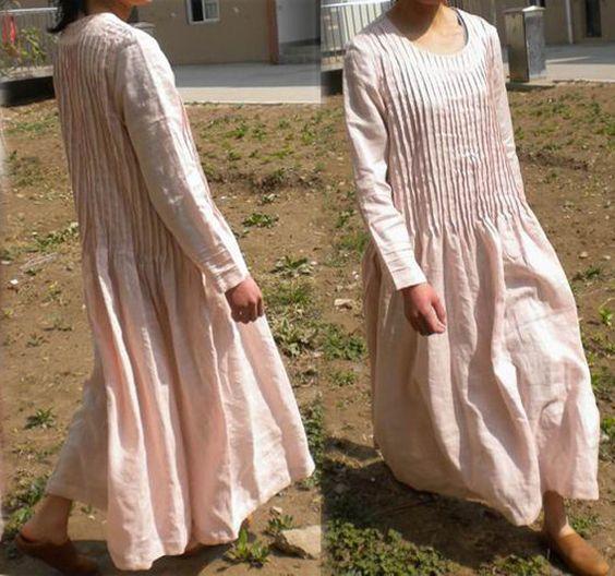 072Pintucked Pink Maxi Linen Dress Women's Long Sleeve von EDOA