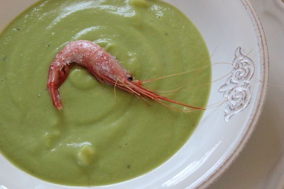 Sopa de Aguacate con Quisquillas y Ron Montero / Avocado Soup with Quisquillas (a kind of shrimps) and Ron Montero
