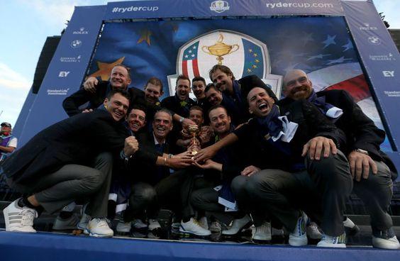 Ganadores de la Copa Ryder 2014.  ROSS KINNAIRD (GETTY IMAGES)