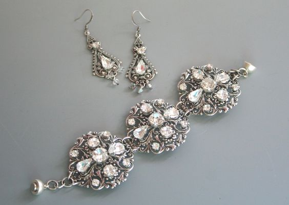Gorgeous vintage inspired bracelets earrings, necklaces etc available through The Persnickety Bride http://www.thepersnicketybride.com/