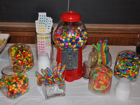 Rainbow Birthday Party - candy buffet Maybe with a little bit organized look.