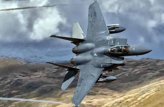 مک دانل داگلاس F-15E Strike Eagle