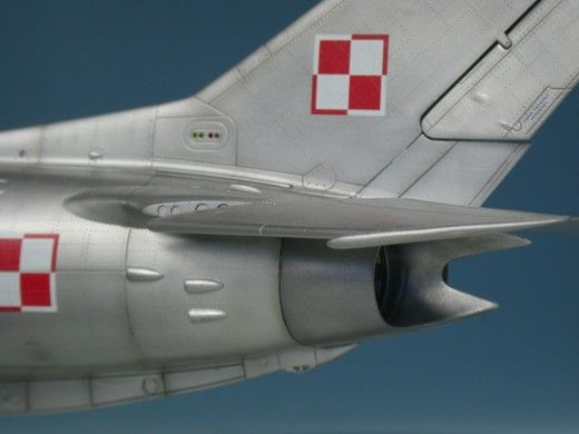 MiG-19PM Farmer-E by Bernhard Schrock (Trumpeter 1:48)
