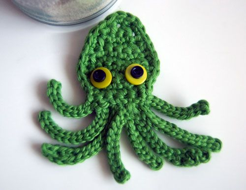Kraken Octopus Squid Applique Free Crochet Pattern on mooglyblog.com