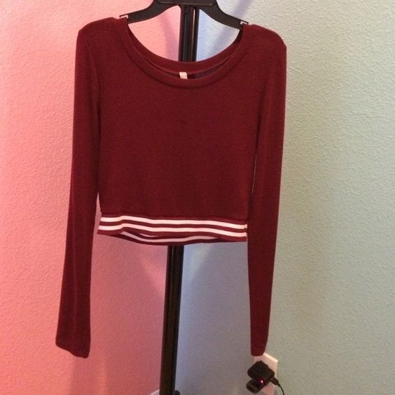 Love culture Long sleeve shirt/ crop top Only worn once Love Culture Tops Crop Tops