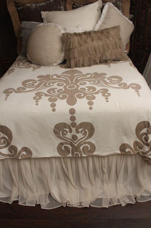 Couture Dreams Couture Dreams Enchantique Duvet Cover Ships Free, Beautiful Linen Duvet